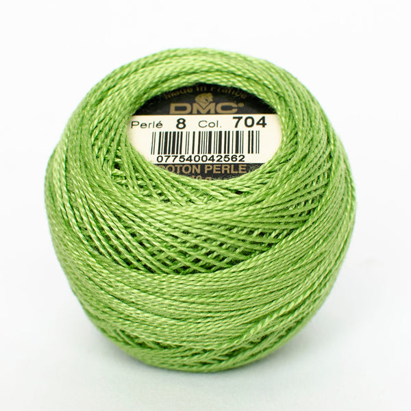 Perle No.8  704 Bright Chartreuse