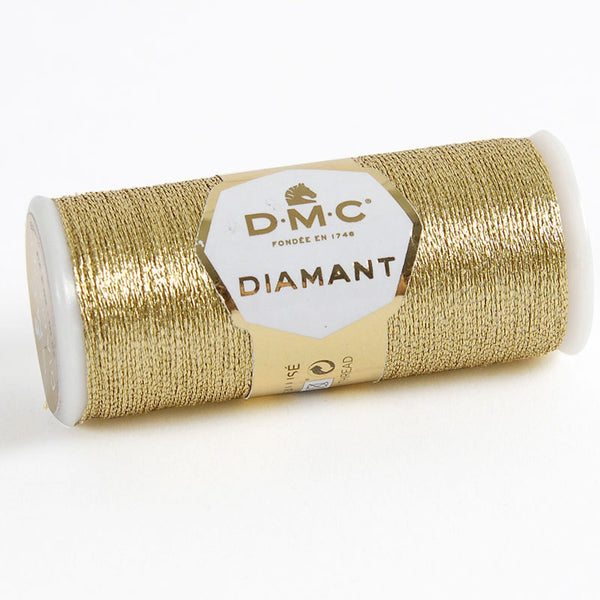 Diamant Thread  D3821 Light Gold