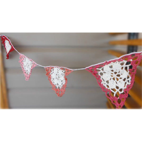 Free Project - Crochet Bunting Pink