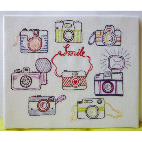 Free Project - Smile Embroidery DMC Stranded Cotton