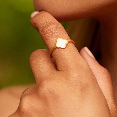 Trellis Ring Gold Blush