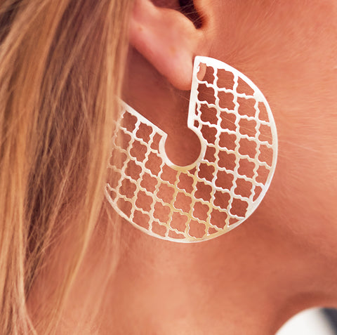 Trellis Love Earring