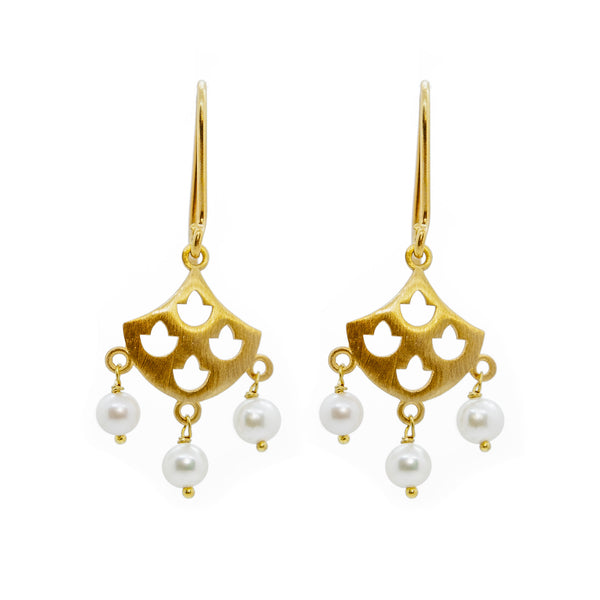 Tulip Pearl Earrings Gold