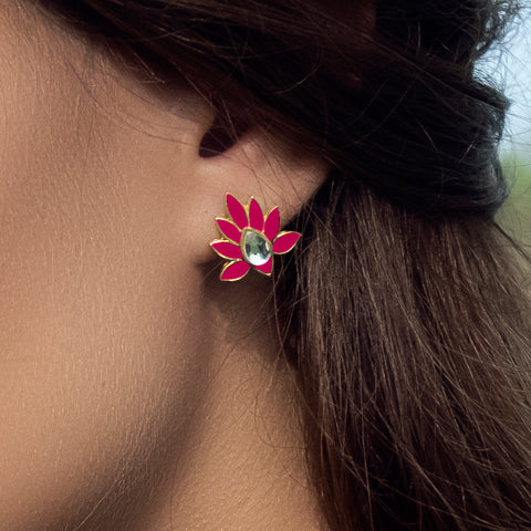 Peacock Stud Hot Pink