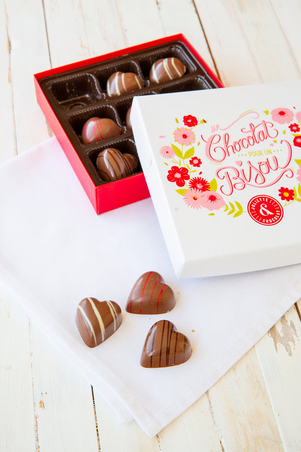 Box of 9 stuffed chocolate hearts | Mother's Day