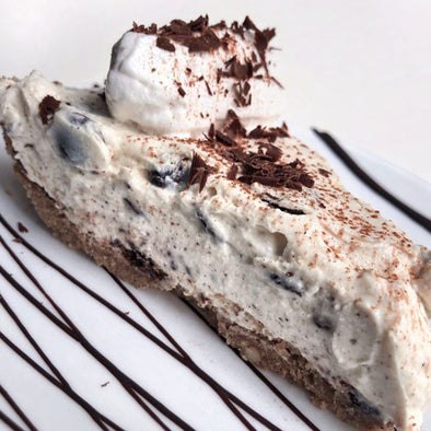 CANNOLI CHOCOLATE CHUNK CHEESECAKE
