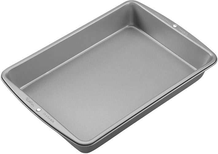 "Non-Stick Oblong Cake Pan 13"" x 9"" x 2"""