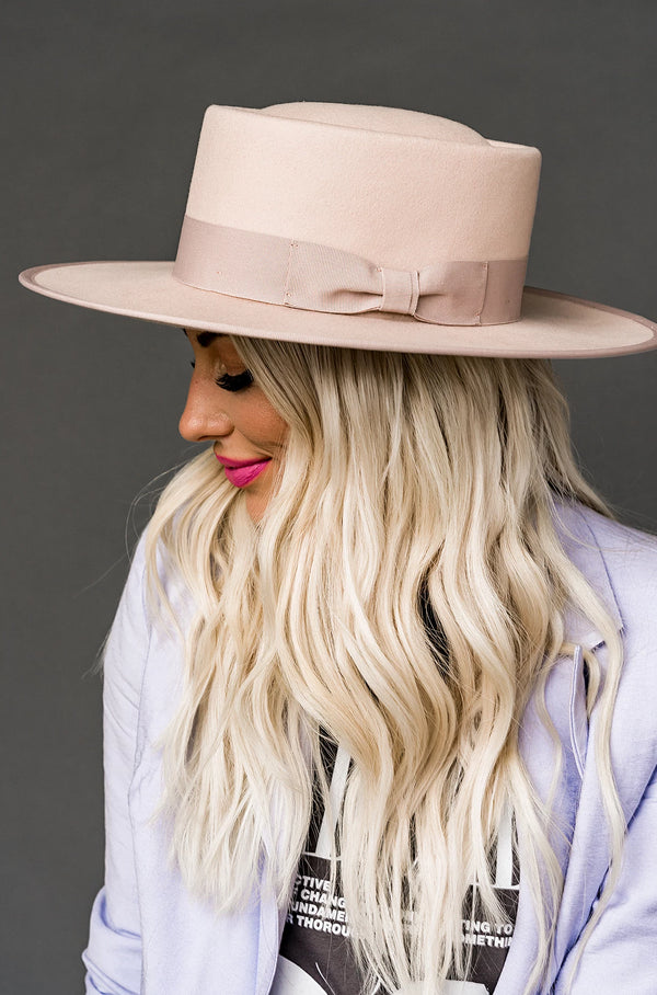 Lola Stiff Brim Hat in Blush
