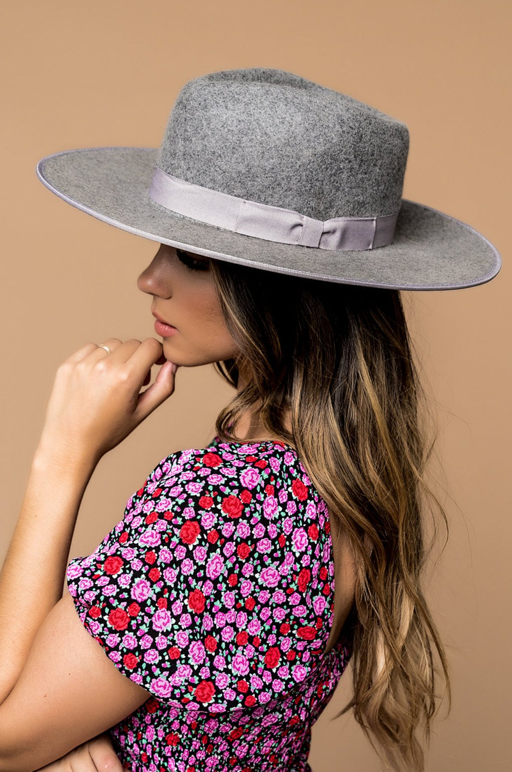 Tessa Stiff Brim Hat in Grey