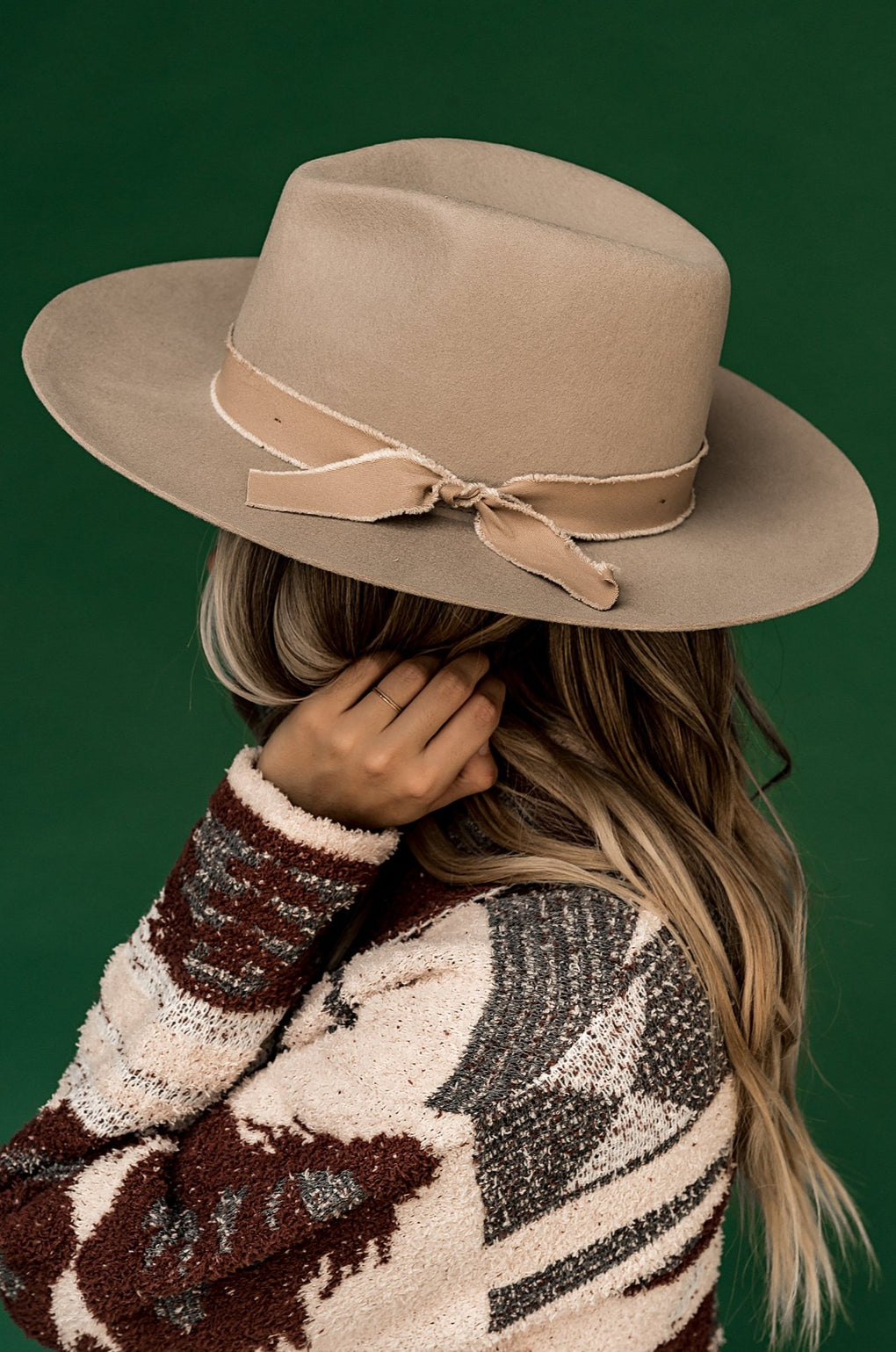 Daphne Hat in Beige