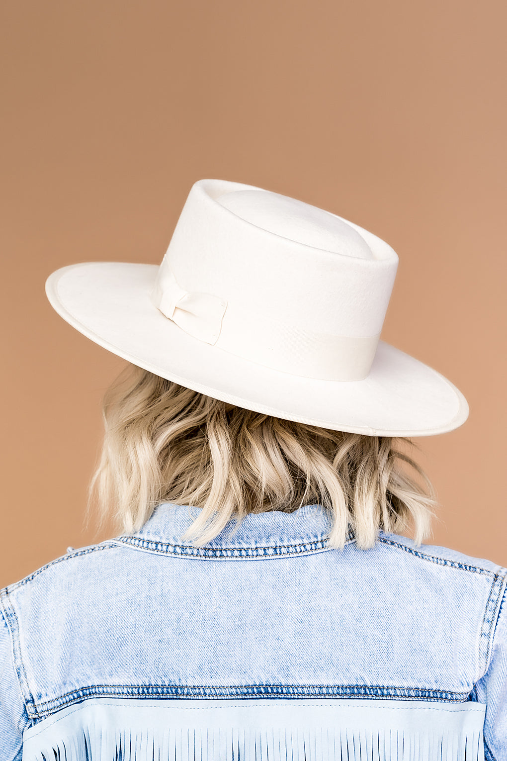 Lola Stiff Brim Hat in Cloud