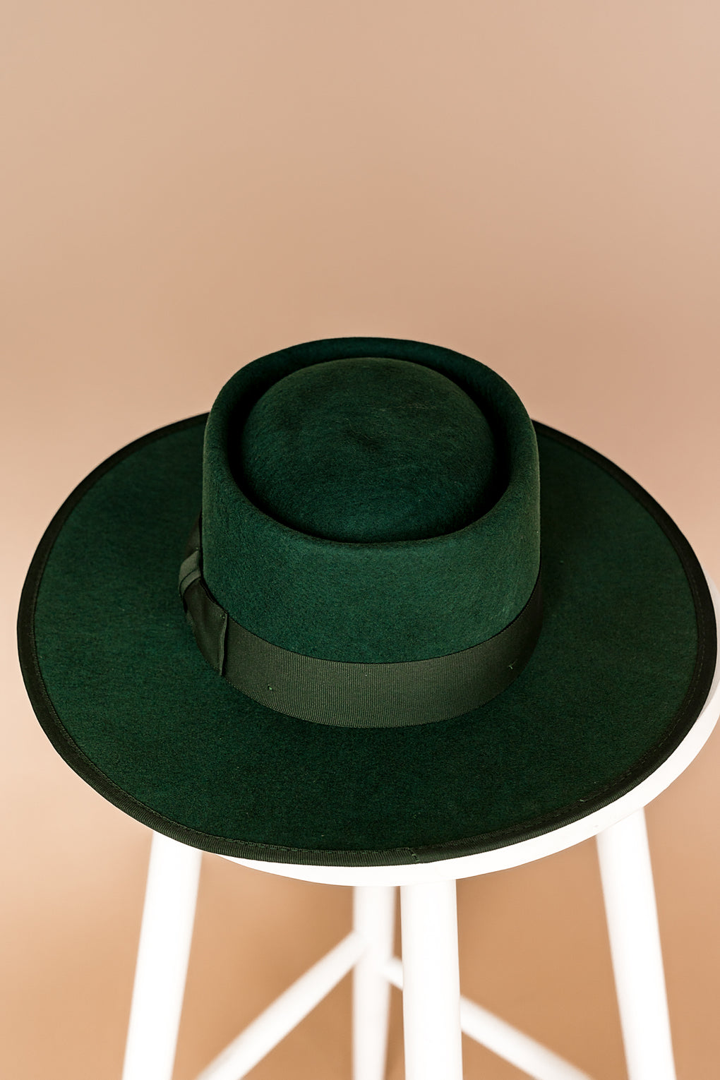 Lola Stiff Brim Hat in Emerald