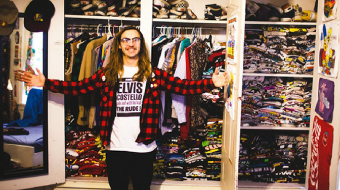 Perry Shall T-Shirt King: An Artist with a Rock N' Roll Attitude