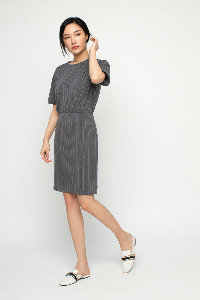 Ribbed Gathered Dress