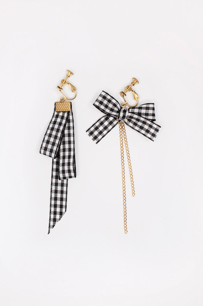 Checkered Ribbon Earrings