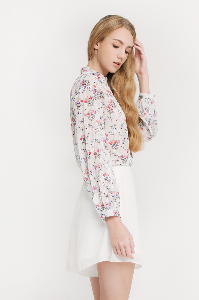 Floral Ruffled Collar Blouse