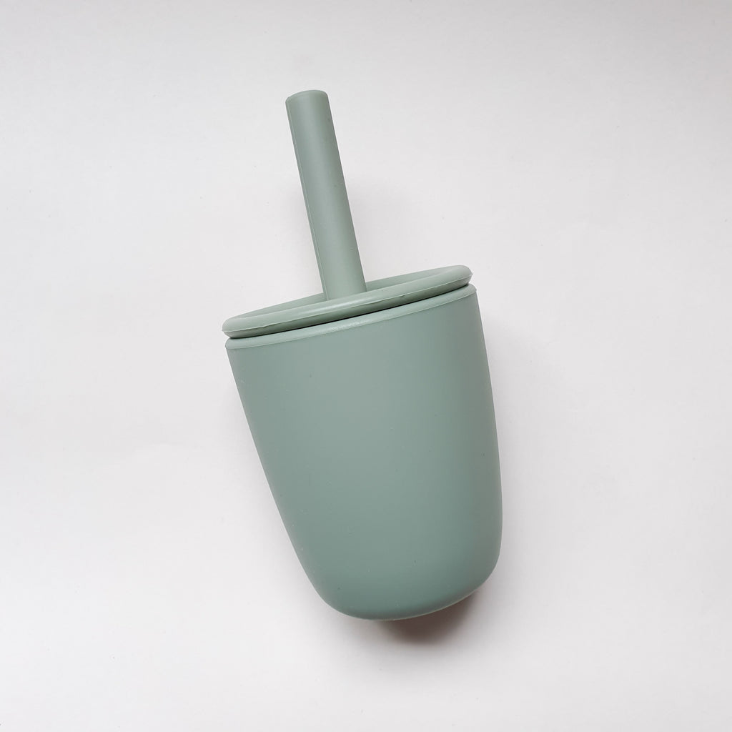 SILICONE STRAW CUP assorted colours