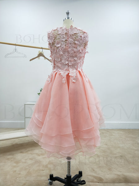 Delicate Lace & Chiffon Bateau Neckline A-line Homecoming Dresses With Appliques HD114