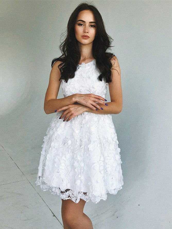 Romantic Lace Scoop Neckline Short A-line Homecoming Dresses HD289