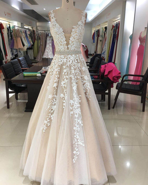 Junoesque Tulle V-neck Neckline Ball Gown Prom Dresses With Appliques & Beadings PD114