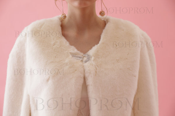 Warm White Shawl Faux Fur Wraps For Winter Wedding Or Prom Party SW001