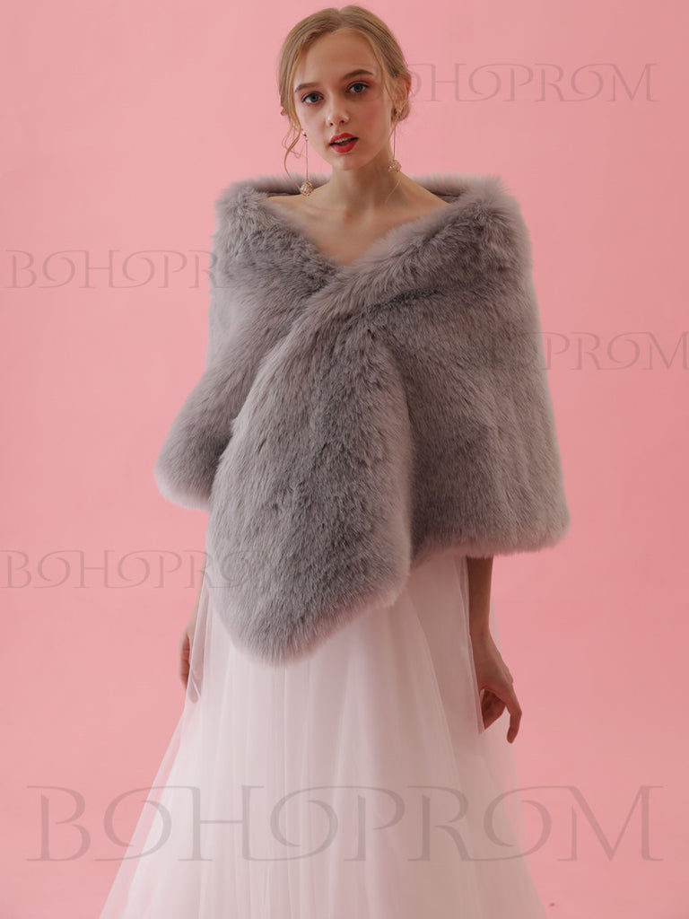 Marvelous Faux Fur Shawl Gray Wraps For Women And Girl SW005