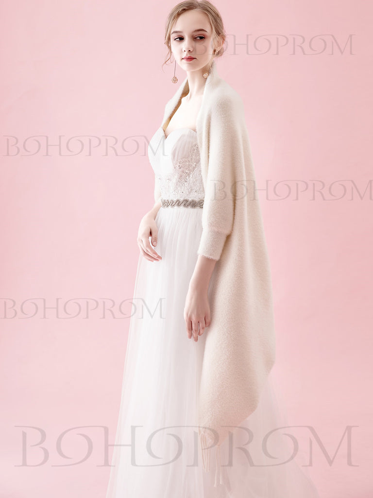 Chic Ivory Wraps Long Sleeves Cashmere Winter Scarfs SW007
