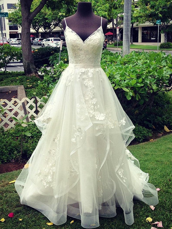 Popular Tulle Spaghetti Straps Neckline A-line Wedding Dresses With Appliques WD023