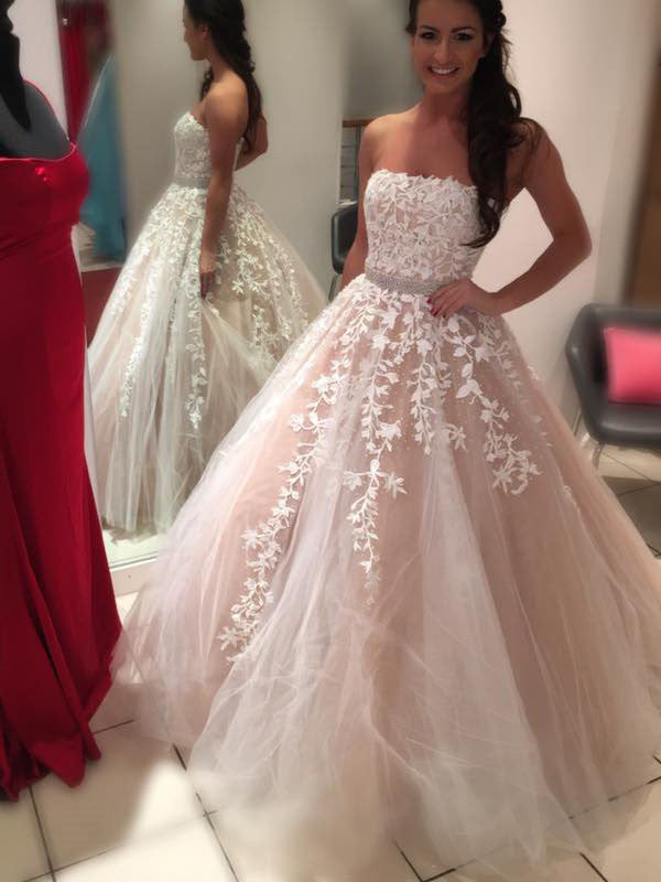 Ball Gown Straight Across Floor-Length Tulle Appliqued Quinceanera Dress 3108