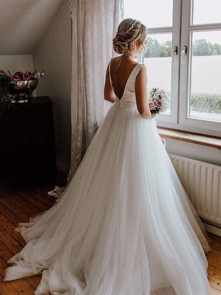 Exquisite Bateau Tulle Wedding Dresses Backless A-line Gowns WD203