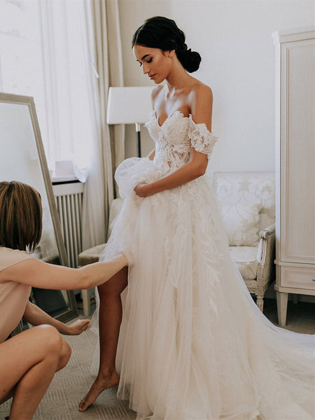 Off-the-shoulder A-line Wedding Dresses With Appliques WD276