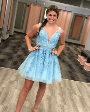 BohoProm homecoming dresses Exquisite Tulle V-neck Neckline A-line Homecoming Dresses With Beadings HD158