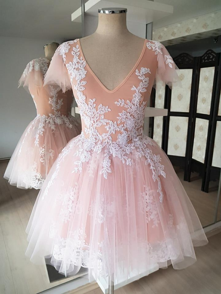 BohoProm homecoming dresses Exquisite Tulle V-neck Short A-line Homecoming Dresses With Appliques HD123