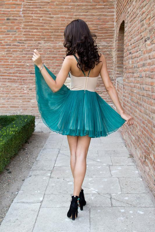 BohoProm homecoming dresses Sexy Tulle Spaghetti Straps Neckline A-line Homecoming Dresses With Pleats HD064