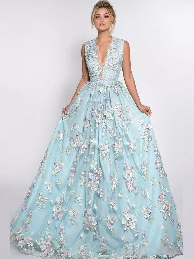 BohoProm prom dresses A-line V-neck Sweep Train Tulle Appliqued Prom Dresses With Flowers ASD26772