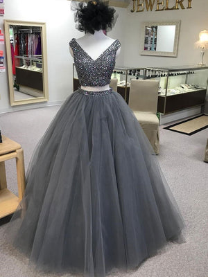 BohoProm prom dresses Beautiful Tulle V-neck Neckline 2 Pieces Ball Gown Prom Dresses With Beadings PD055