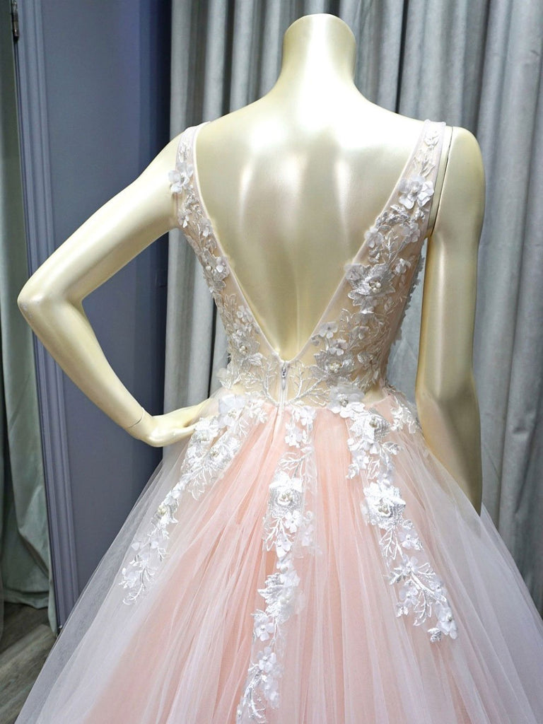 BohoProm prom dresses Popular Tulle V-neck Neckline Ball Gown Prom Dresses With 3D Flowers & Pearls PD118