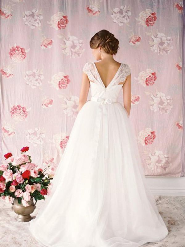 BohoProm Wedding Dresses Delicate Tulle Sweetheart Neckline Ball Gown Wedding Dresses With Appliques WD011