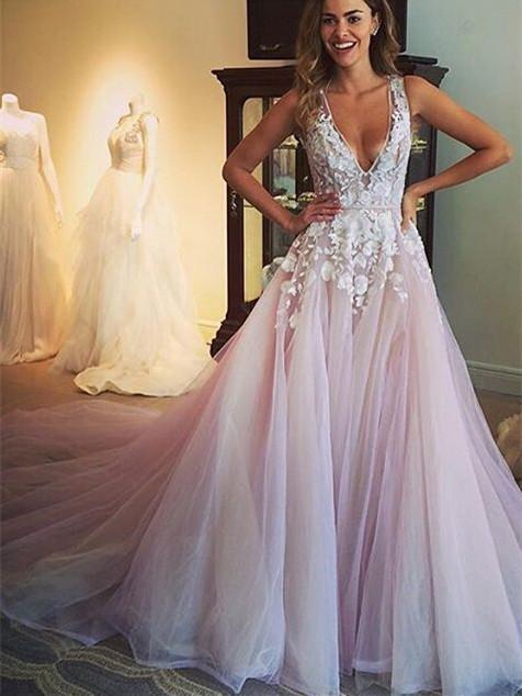 BohoProm Wedding Dresses Popular Tulle V-neck Neckline Wedding Dresses With Flowers WD038