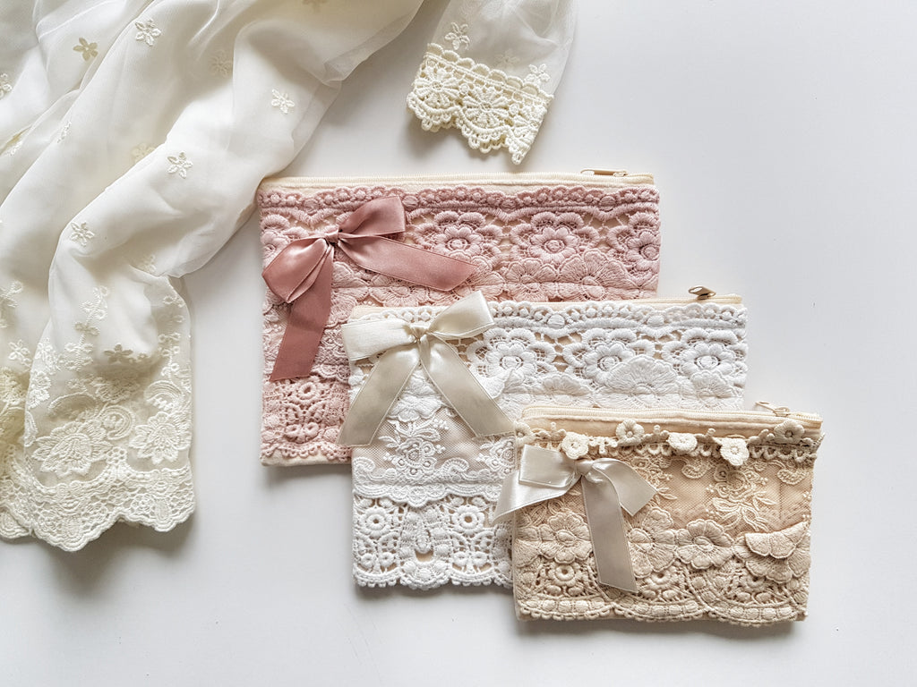 Large Lace Clutch - Pink