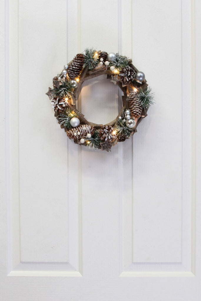 Spruce Conifer LED Wreath - Snow Dusted