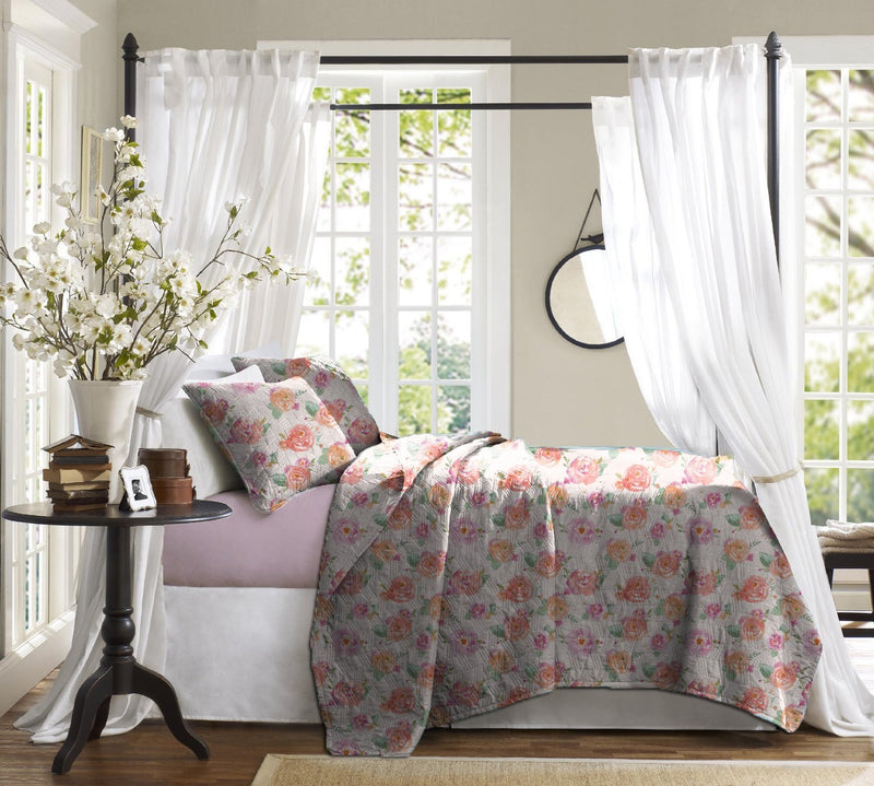 Haus & Sie Painted Roses Bed in a Bag Bedding Set