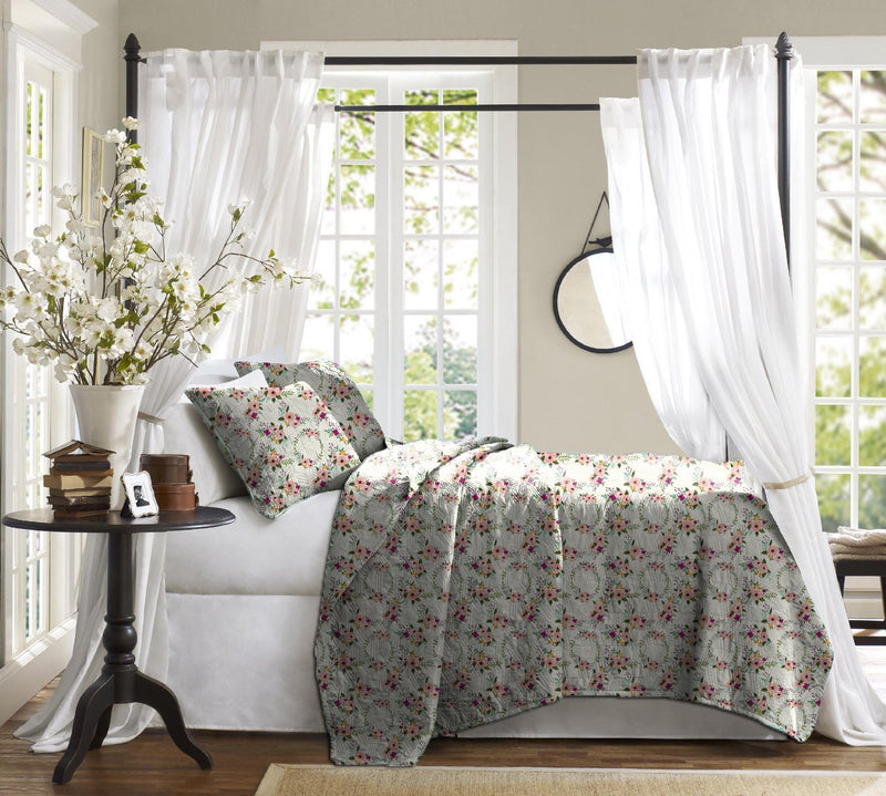 Haus & Sie Blossom Bouquet Bed in a Bag Bedding Set