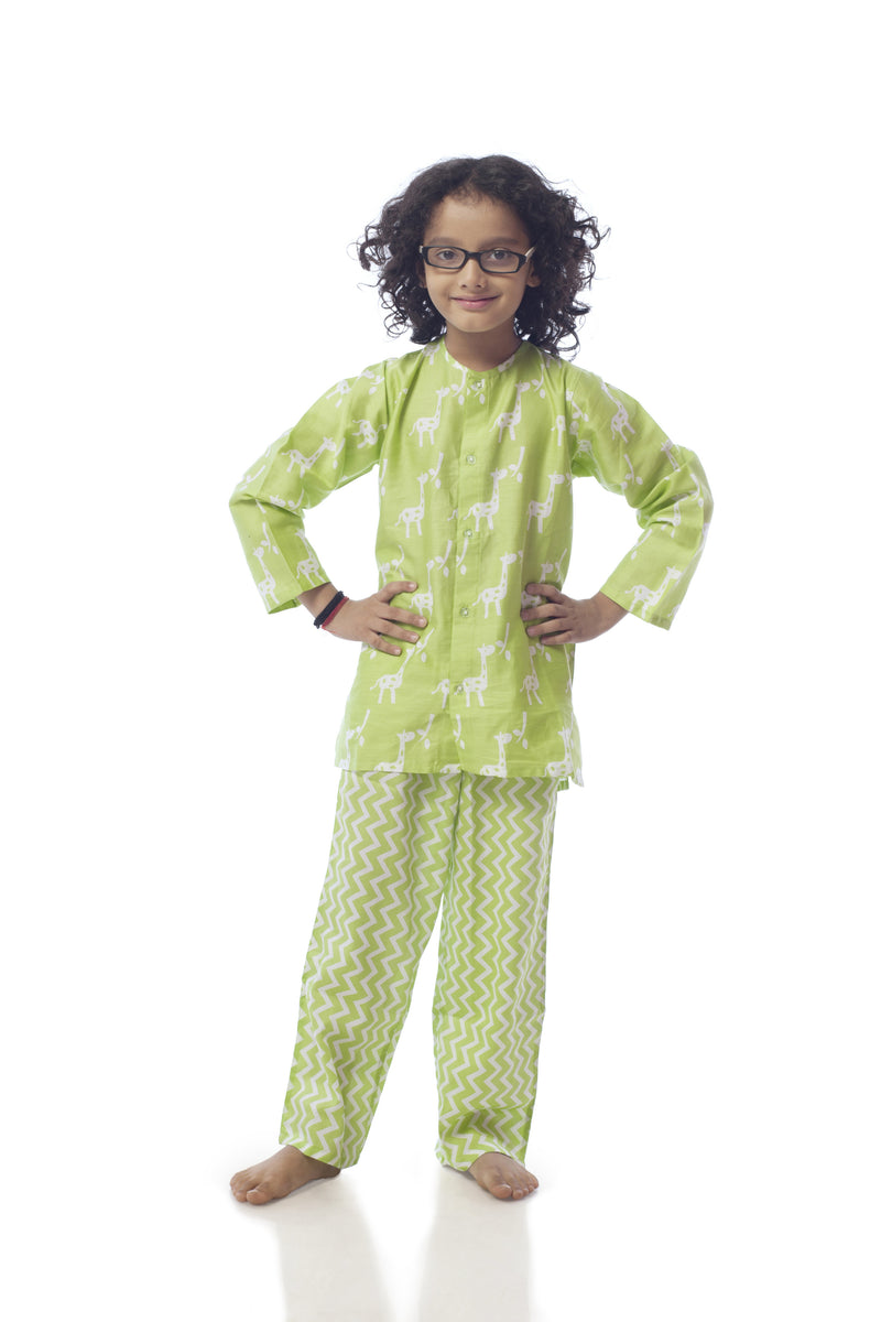 Popsicle & Nigh Nigh Girls Green Giraffe Printed Night Wear