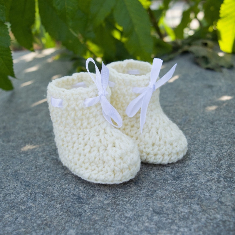 Love Crochet Art Off White Knitted Ankle Booties