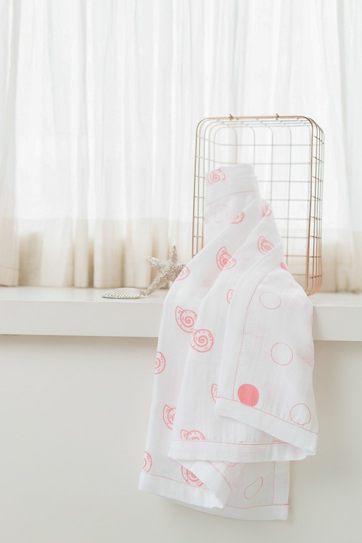 Pearly Shell Organic Cotton Blanket/ Dohar in Pink