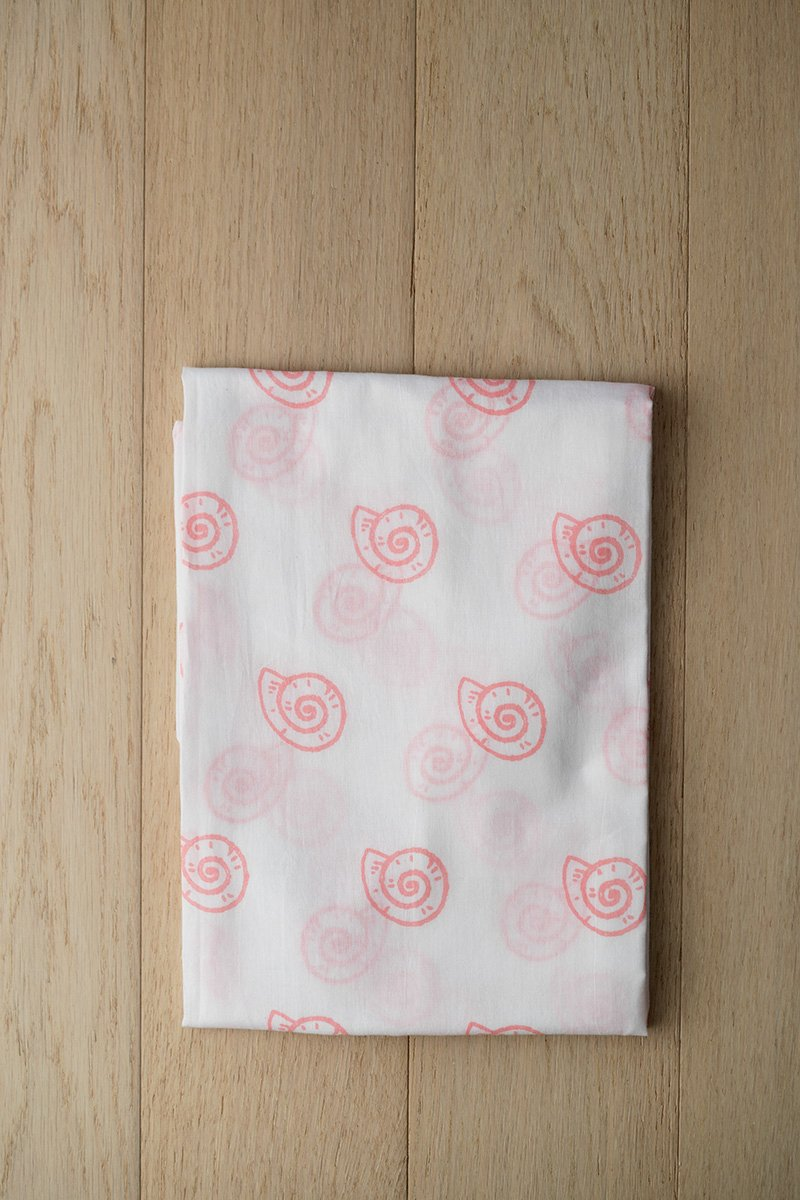 Pearly Shell Organic Cotton Swaddle in Pink