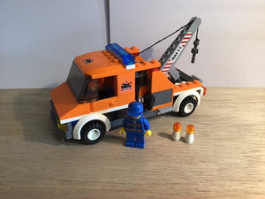 Pre-owned LEGO® 7638, Tow Truck with 1 figure