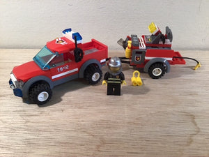 Lego Set 7942 -  Off Road Fire Rescue