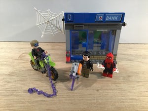 Used LEGO® SUPER HEROES 76082 ATM Heist Battle, Spiderman, robbers, motorbike